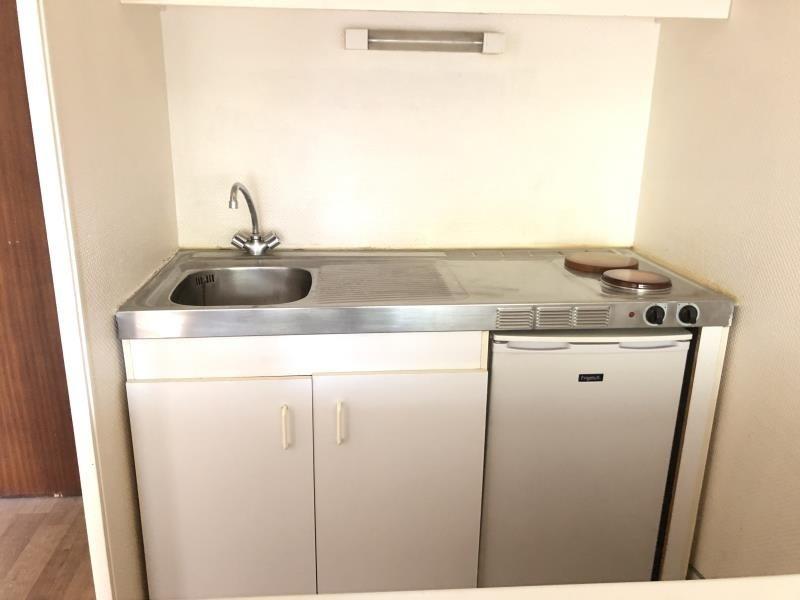 Rental apartment Vendome 350€ CC - Picture 3