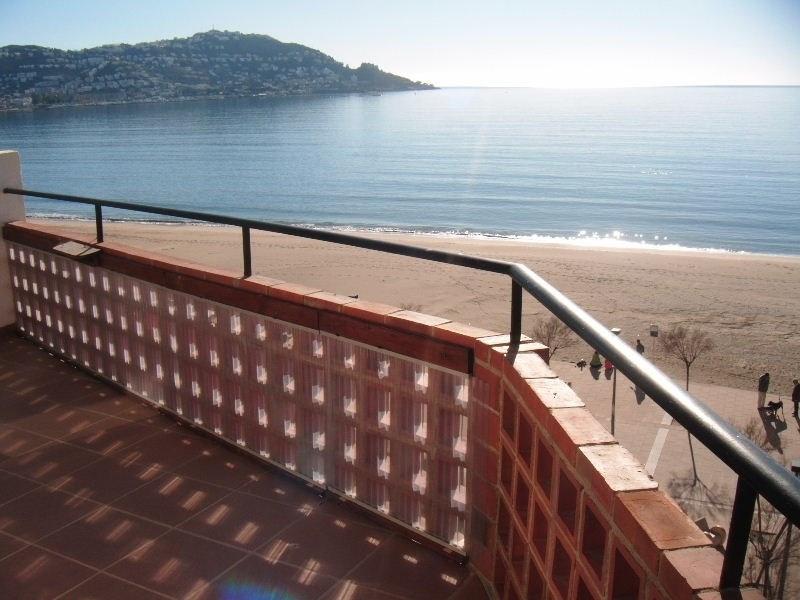 Vacation rental apartment Roses santa-margarita 792€ - Picture 6