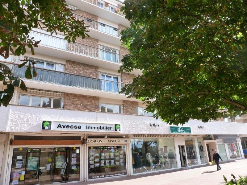 Location appartement Maurepas 805€ CC - Photo 1