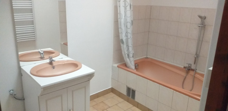 Location maison / villa Aire sur la lys 400€ CC - Photo 5