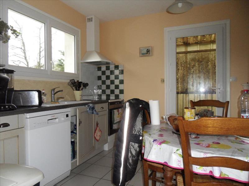 Investment property house / villa Cherves richemont 123050€ - Picture 2