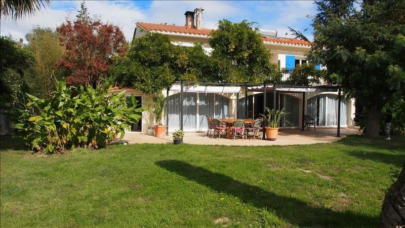 Deluxe sale house / villa Palau del vidre 599000€ - Picture 1