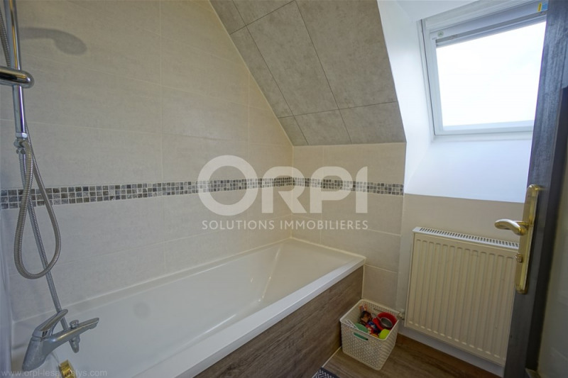 Sale house / villa St clair sur epte 210000€ - Picture 12