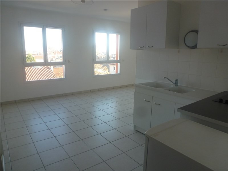 Rental apartment Tain l hermitage 432€ CC - Picture 3