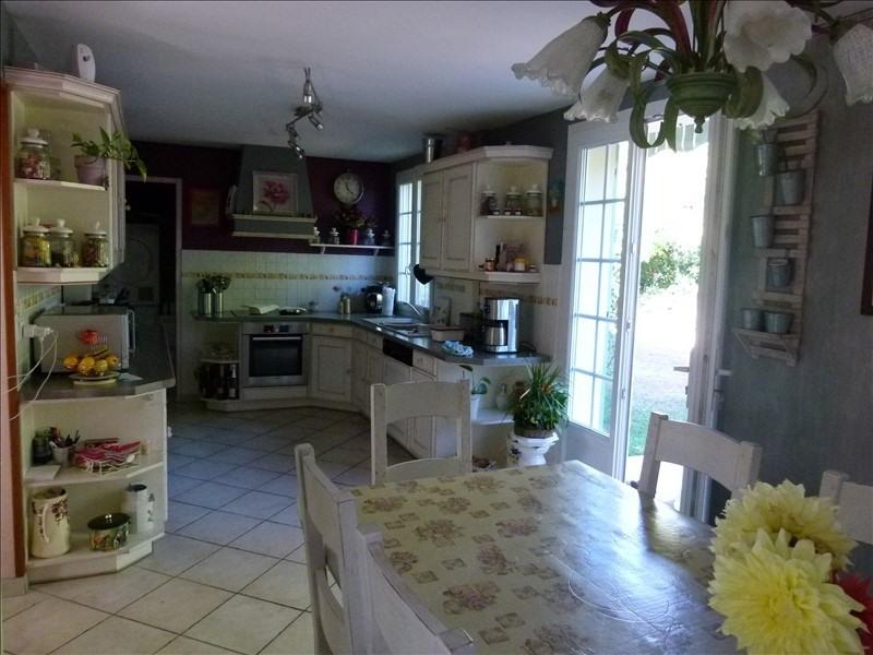 Sale house / villa Montfort l amaury 470000€ - Picture 5