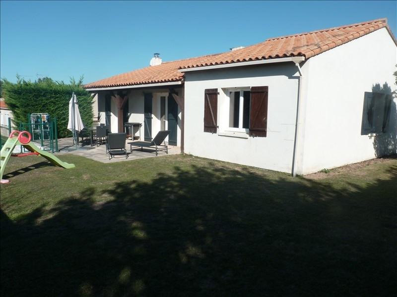 Sale house / villa Venansault 236400€ - Picture 1