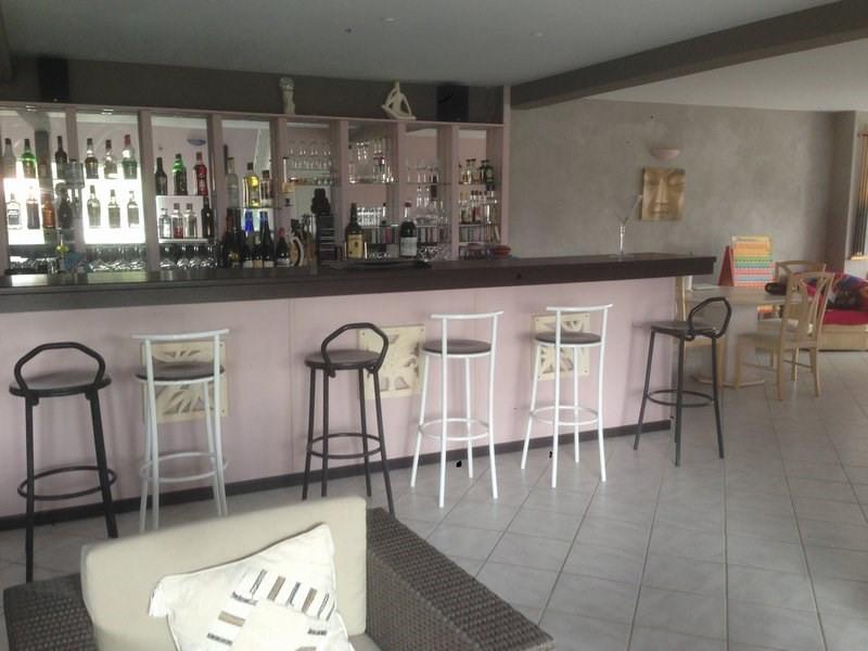Sale house / villa Laveyron 416000€ - Picture 6
