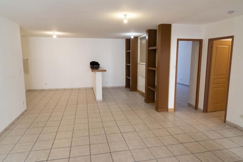 Rental apartment Nantua 524€ CC - Picture 2