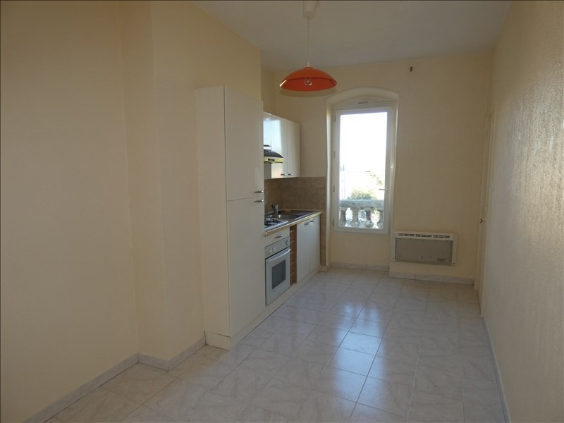 Rental apartment Montelimar 480€ CC - Picture 1