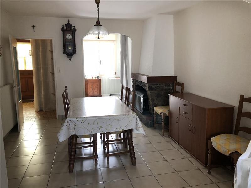 Sale house / villa Jallais 106990€ - Picture 4