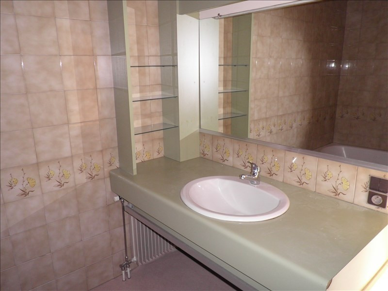 Rental apartment Le puy en velay 569,75€ CC - Picture 5