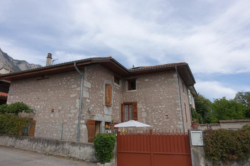 Sale house / villa Biviers 550000€ - Picture 2
