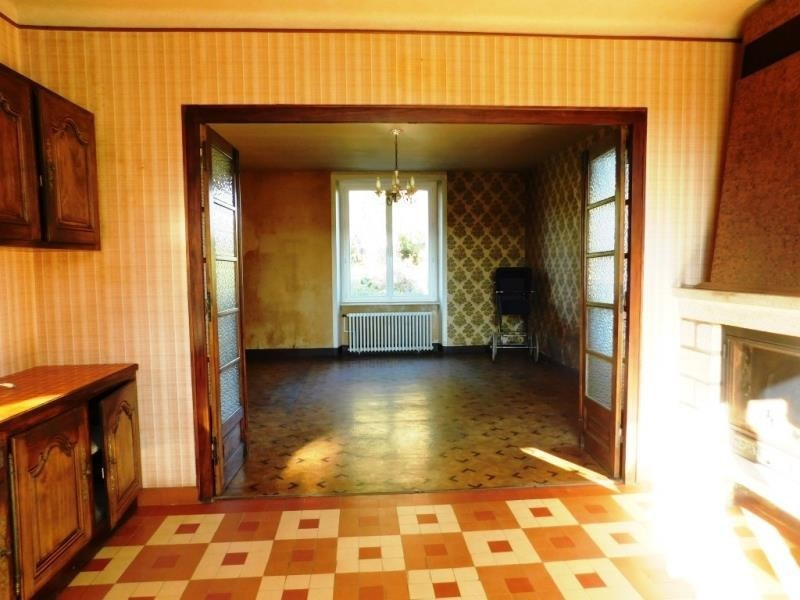 Sale house / villa St germain en cogles 89 440€ - Picture 4