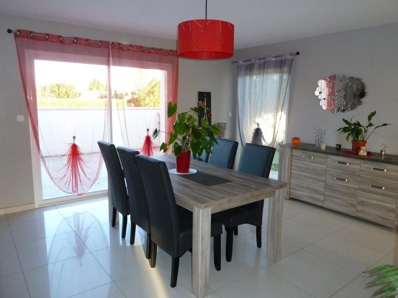 Sale house / villa Niort 262 500€ - Picture 2