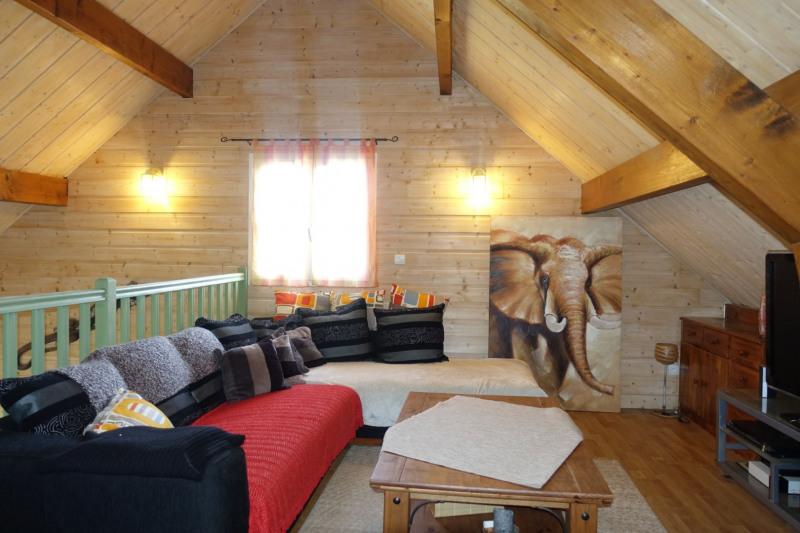 Sale house / villa La chaux-du-dombief 232000€ - Picture 8