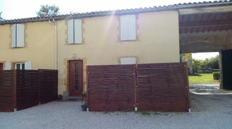 Location maison / villa Villesiscle 560€ CC - Photo 1