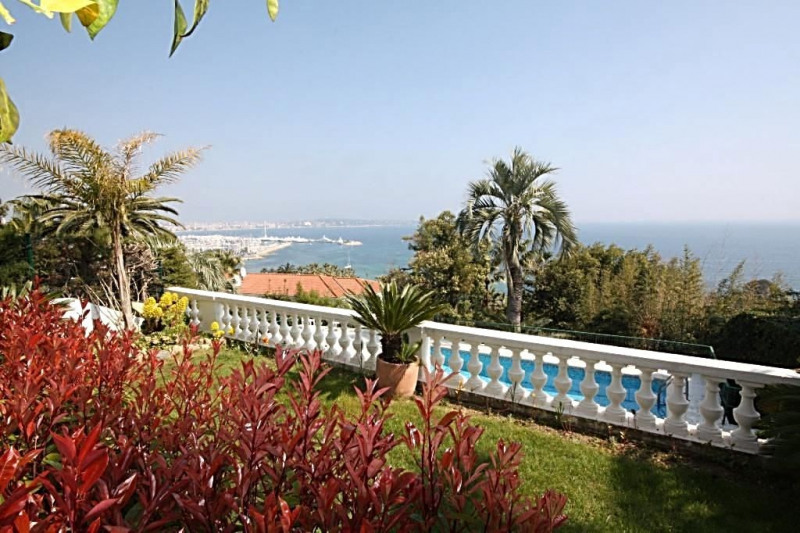 Deluxe sale apartment Golfe-juan 1 590 000€ - Picture 1