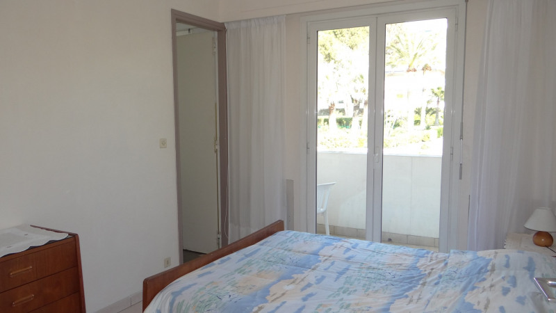 Vacation rental apartment Cavalaire sur mer 1 300€ - Picture 8