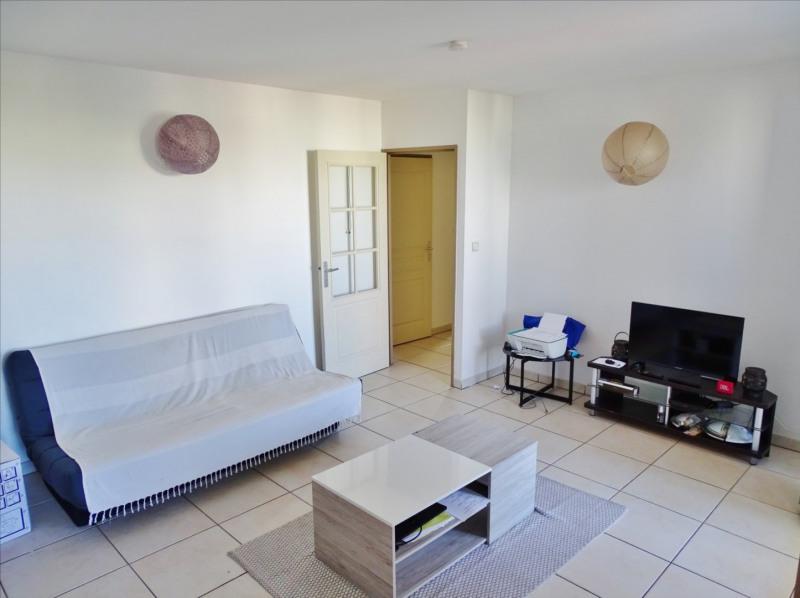 Location appartement Saint gilles les bains 850€ CC - Photo 3