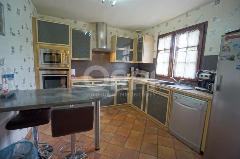 Sale house / villa Les andelys 241000€ - Picture 4