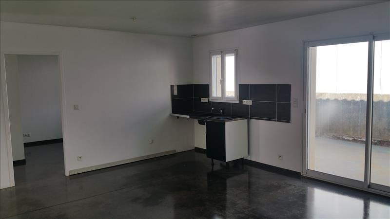 Sale house / villa Angles 138150€ - Picture 2