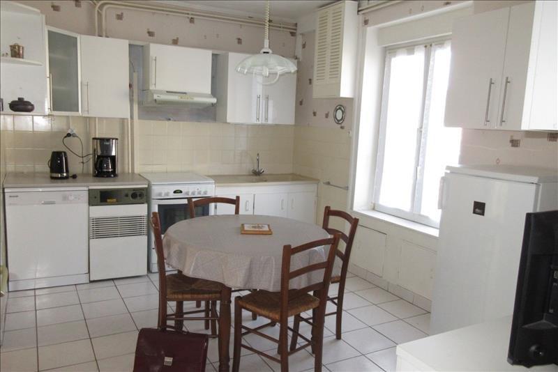 Sale house / villa Plouhinec 108000€ - Picture 1