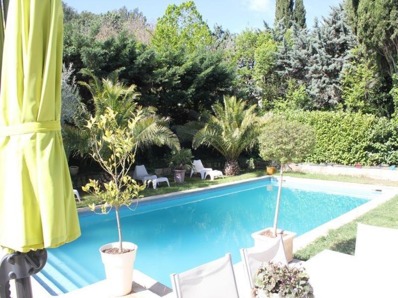 Deluxe sale house / villa Villeneuve les avignon 699000€ - Picture 2