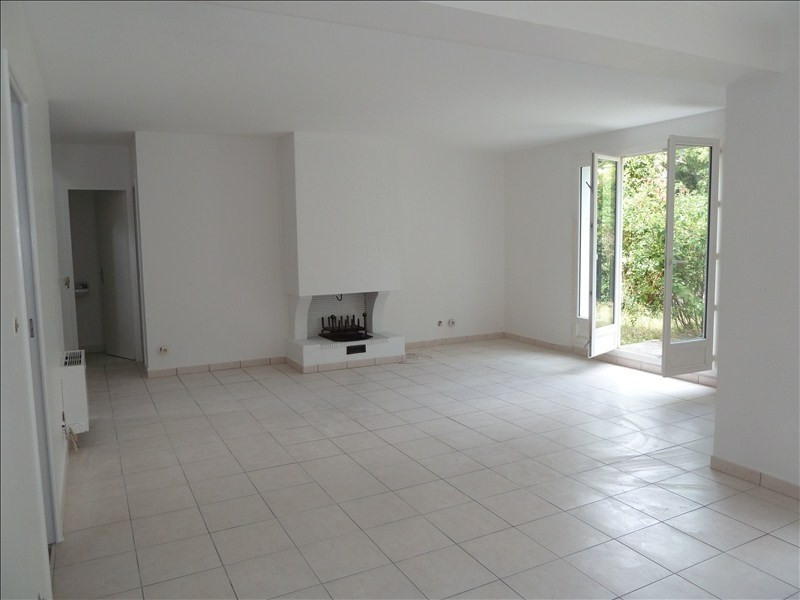 Location maison / villa Montesson 2 200€ CC - Photo 3