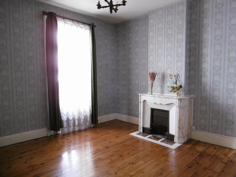 Sale apartment St chamond 146000€ - Picture 1