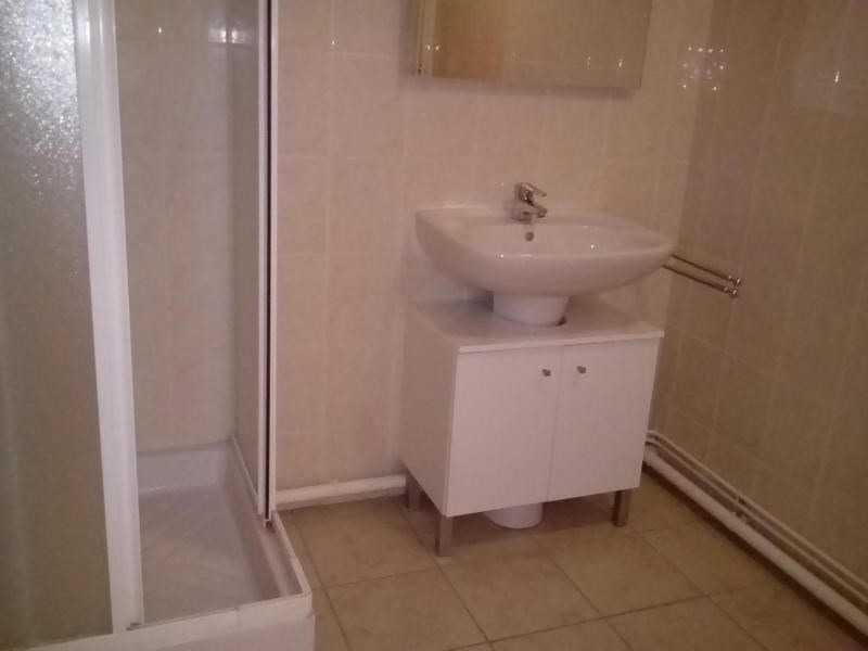 Location appartement Vichy 420€ CC - Photo 4