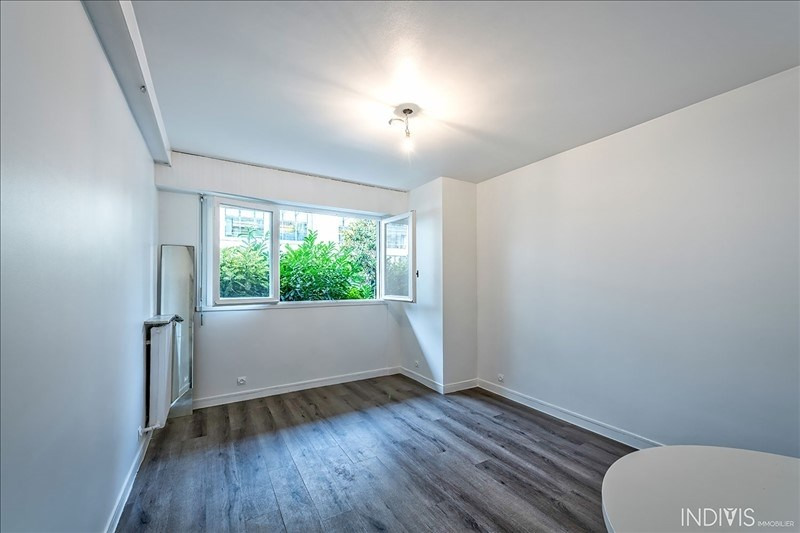 Location appartement Neuilly sur seine 812€ CC - Photo 2