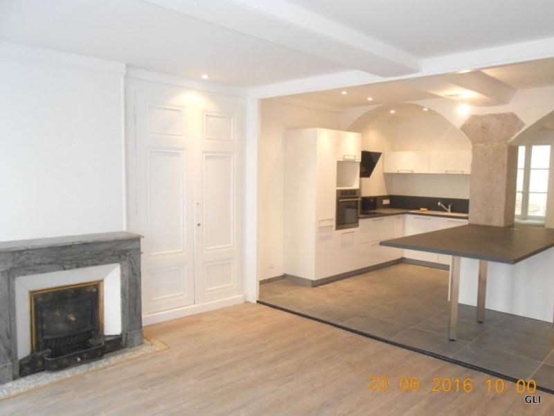 Rental apartment Lyon 6ème 1915€ CC - Picture 2