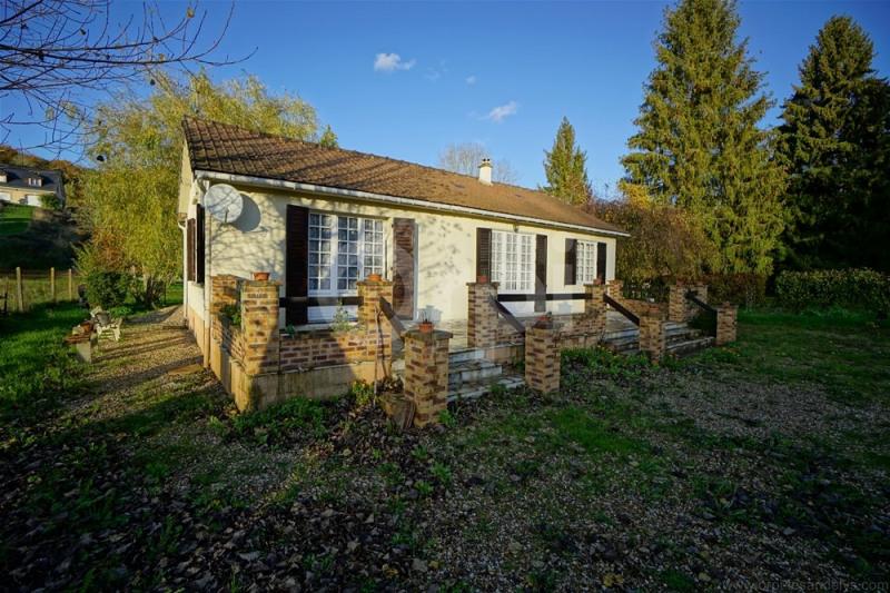 Sale house / villa Les andelys 135000€ - Picture 1