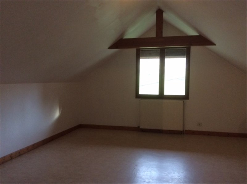 Location maison / villa Aiguebelette le lac 890€ CC - Photo 9