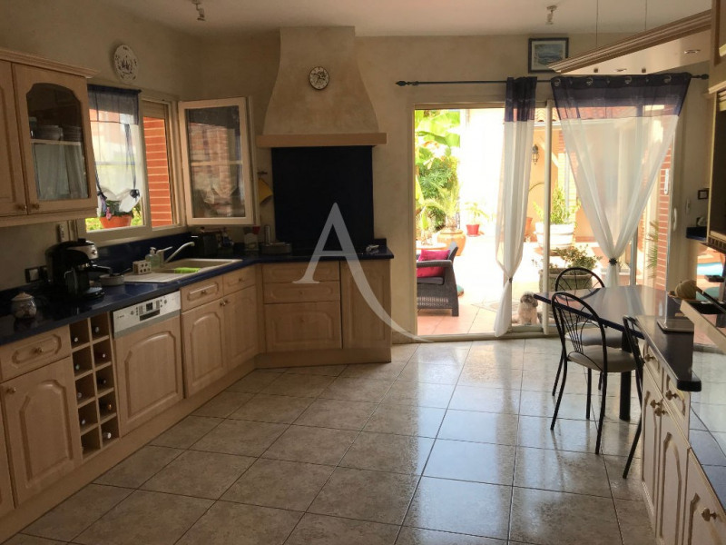 Vente de prestige maison / villa L isle jourdain 584 000€ - Photo 9