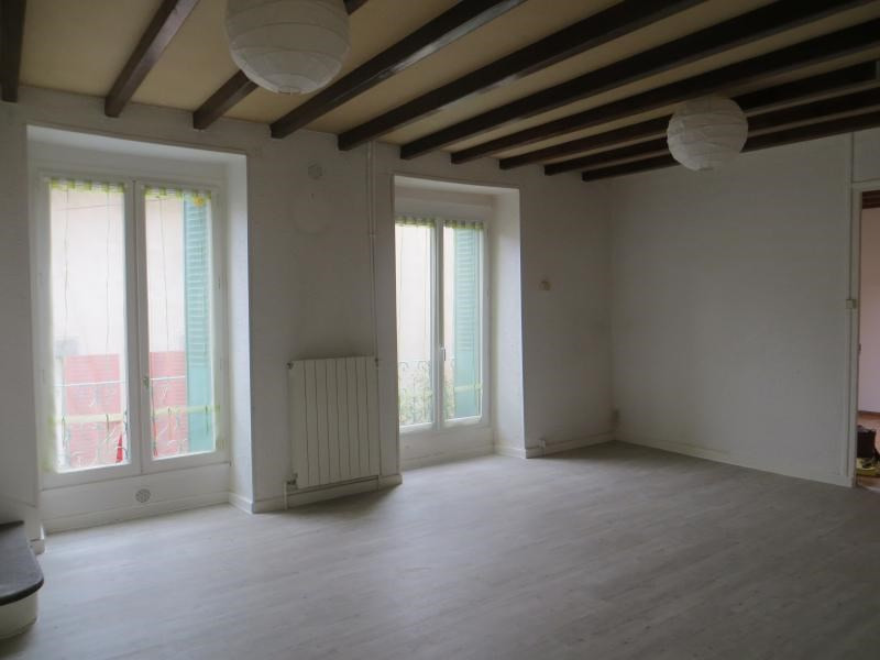 Location maison / villa La roche blanche 806€ CC - Photo 2