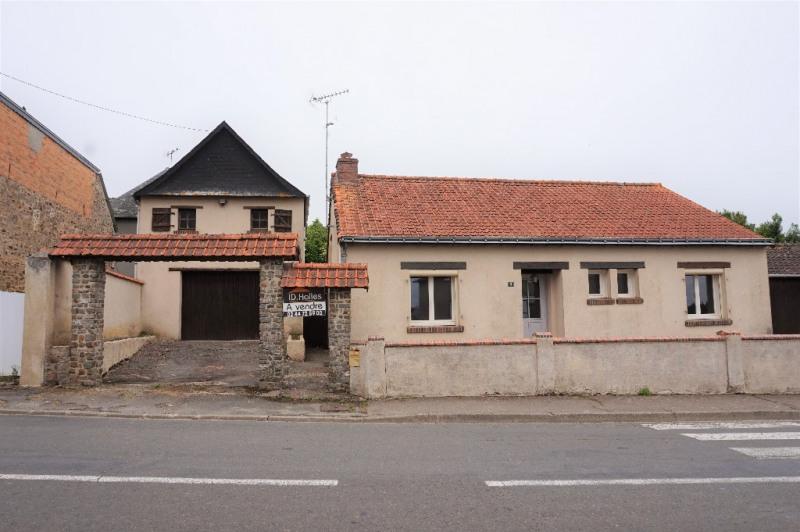Sale house / villa Ballots 89500€ - Picture 1
