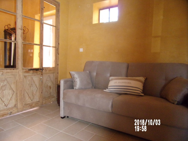 Vacation rental apartment Lambesc 438€ - Picture 4