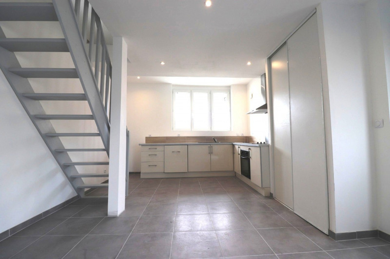 Vente appartement Sillingy 348000€ - Photo 2