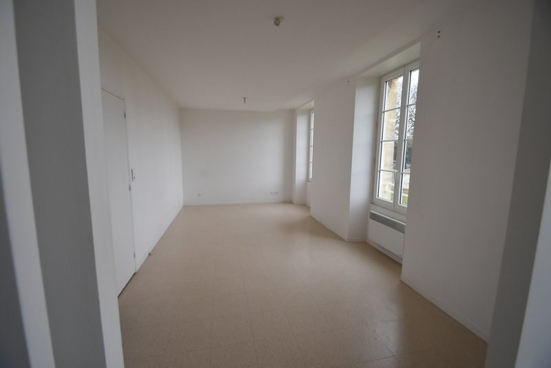 Location appartement Isigny sur mer 523€ CC - Photo 2