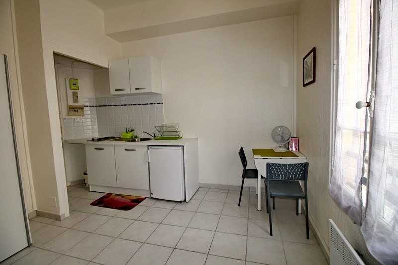 Location appartement Nice 460€ CC - Photo 2