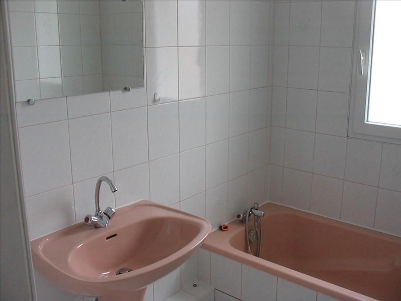 Sale apartment La roche sur yon 108000€ - Picture 4