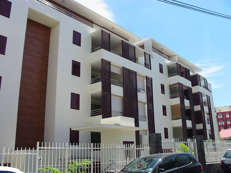 Location appartement Ste clotilde 584€ CC - Photo 1