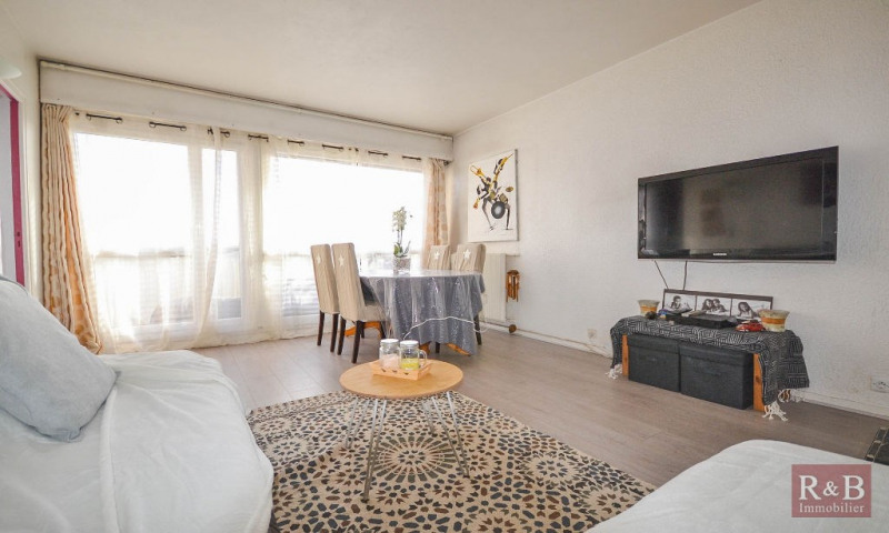 Sale apartment Les clayes sous bois 189000€ - Picture 2