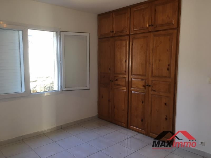 Location maison / villa Le tampon 1 100€ CC - Photo 4