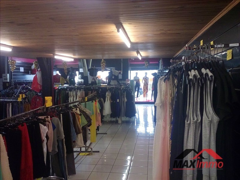 Location local commercial St louis 2 000€ HT/HC - Photo 2
