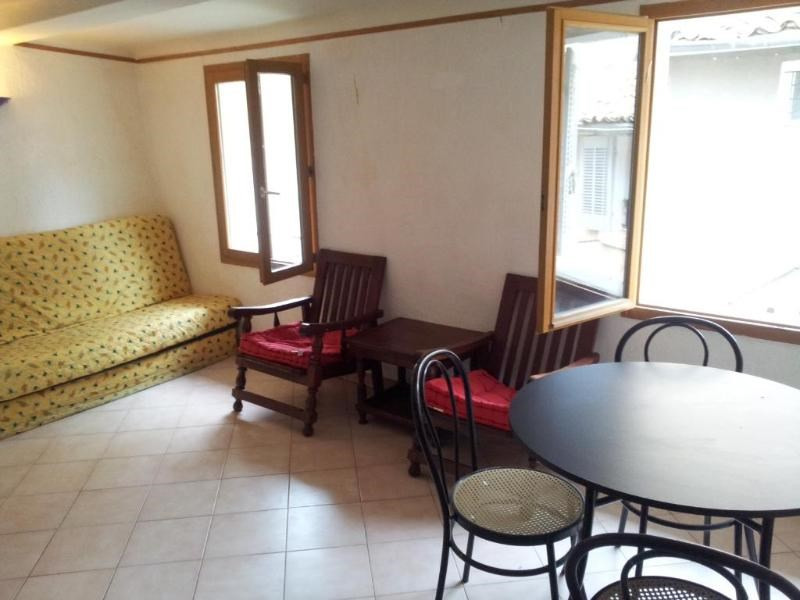Rental apartment Aix en provence 612€ CC - Picture 2