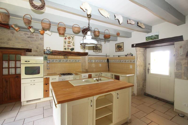 Sale house / villa Ginouillac 185000€ - Picture 8