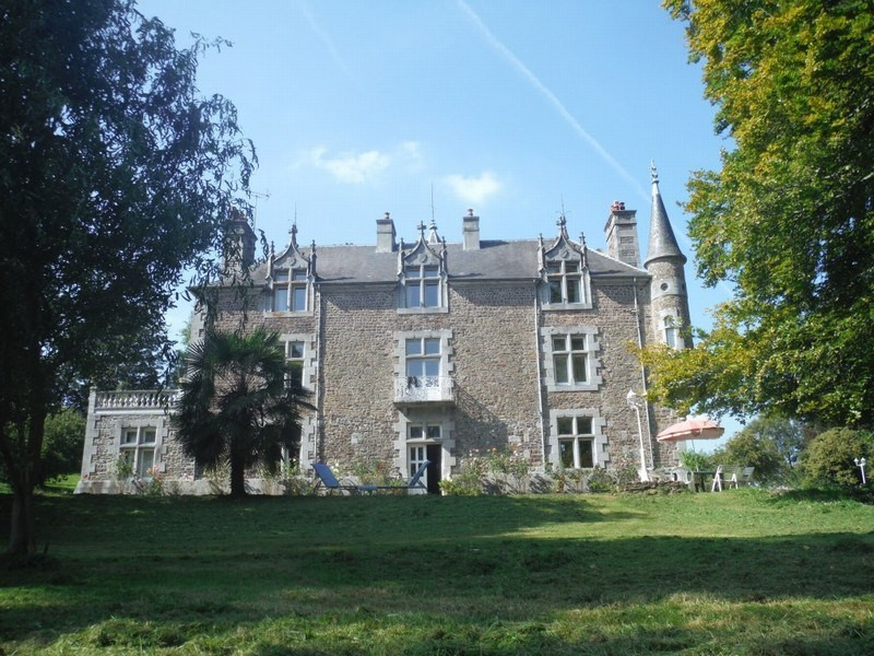Deluxe sale chateau Cerences 620 000€ - Picture 1