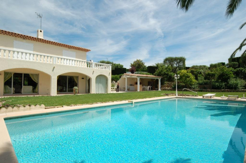 Deluxe sale house / villa Antibes 1 650 000€ - Picture 1